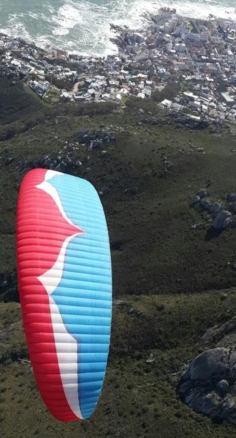 Paragliding-Cape-Town-Lions-Head-Ozone-Magnum2
