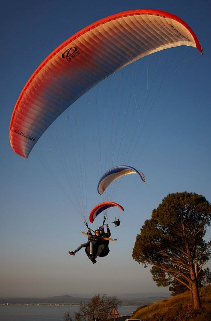 Paragliding-Signal-Hill-Sunset