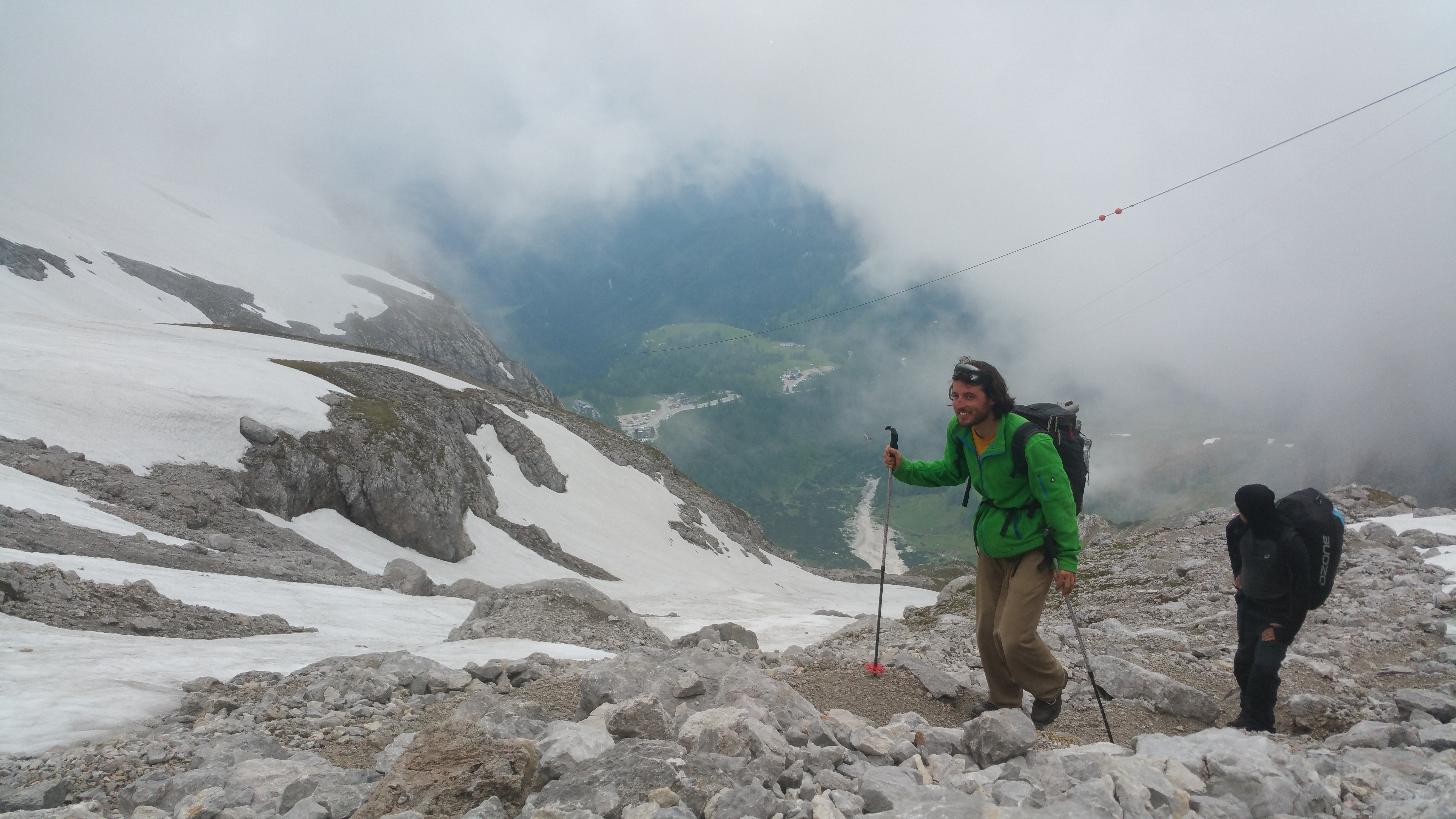 Red-Bull-X-Alps-Hiking-Dachstein-Svet-Kata