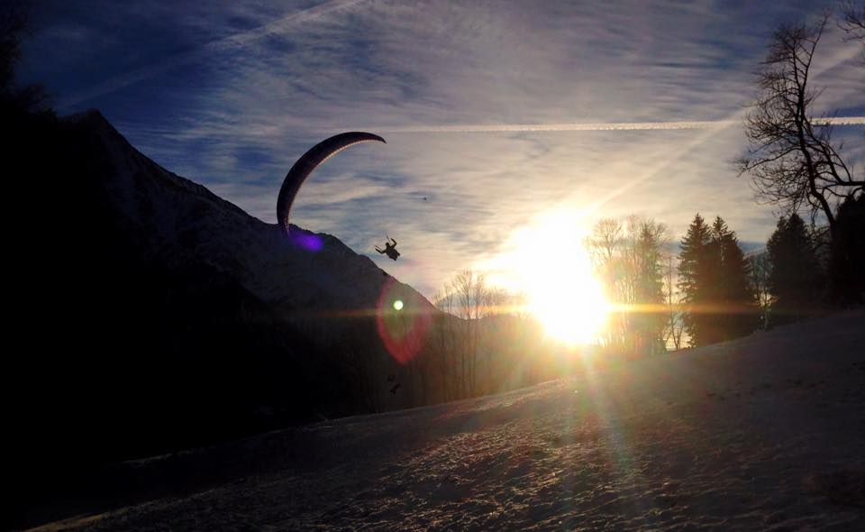 Paragliding-Sunset