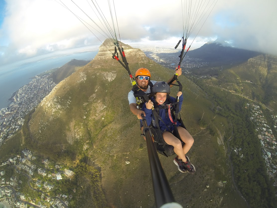 fly paragliders